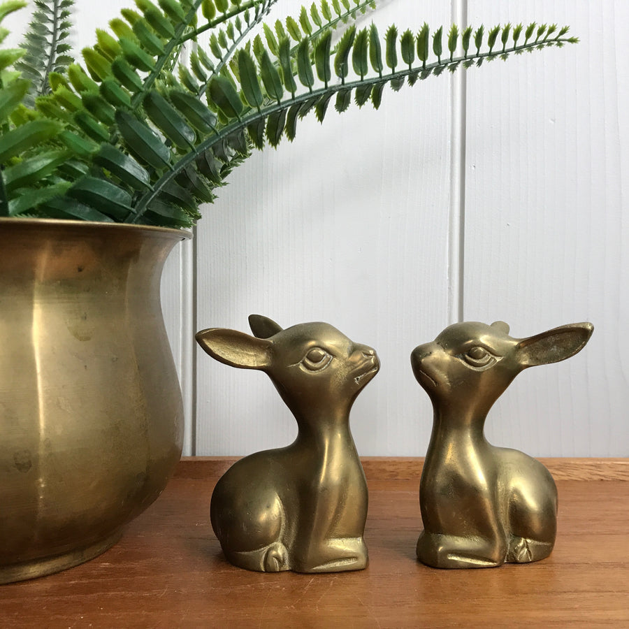 Small Seated Vintage Pair of Brass Deer