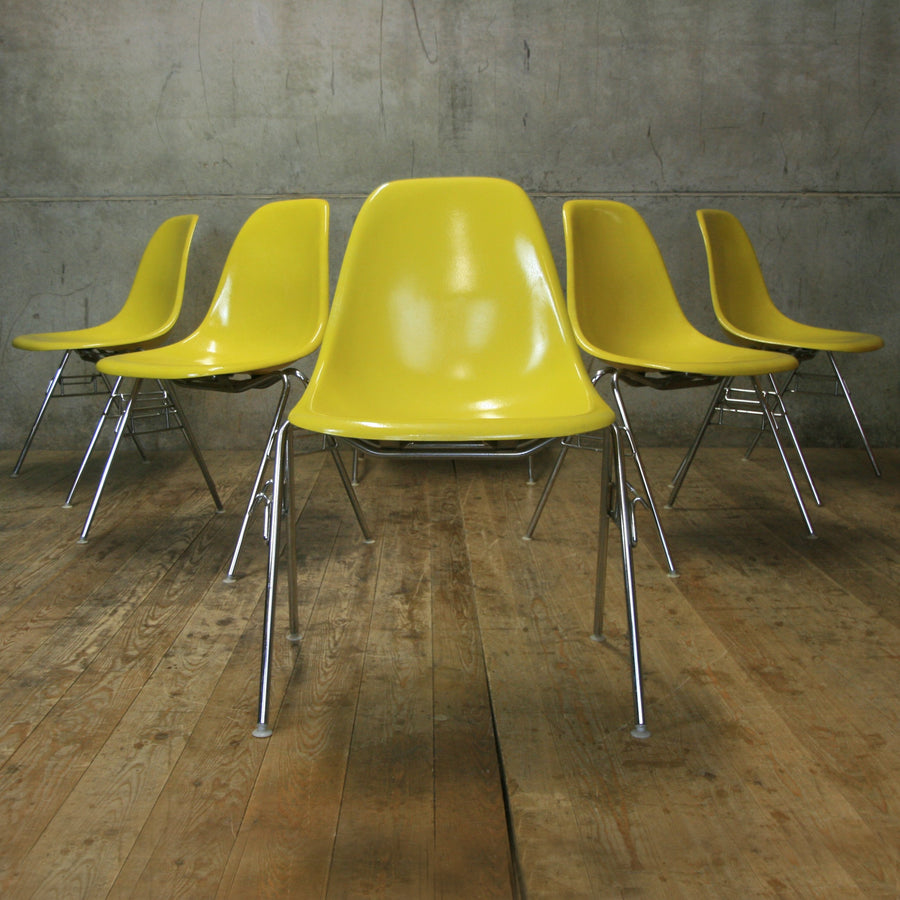 vintage_charles_ray_eames_herman_miller_dss_yellow_chair.