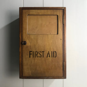 vintage_oak_first_aid_medical_bathroom_cabinet