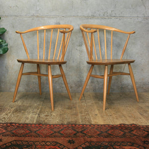 ercol_mid_century_cowhorn_449a_carver_chair