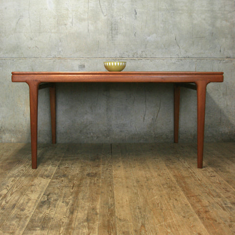Rare Johannes Andersen Teak Extending Dining Table