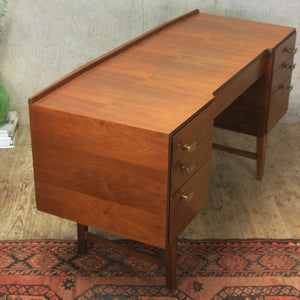 Mid Century Meredew Dressing Table – 1109a