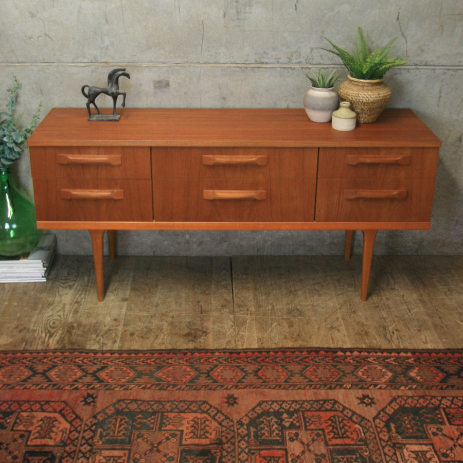 Mid Century Teak Chest of Drawers / Sideboard - 1303d