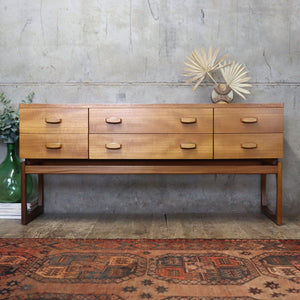 mid_century_teak_g_plan_quadrille_drawers_sideboard