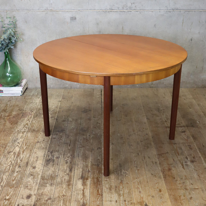 mid_century_teak_mcintosh_round_oval_dining_table