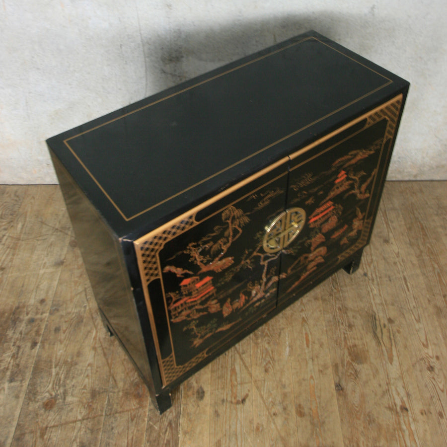 vintage_asian_oriental_black_laquer_painted_cabinet.5