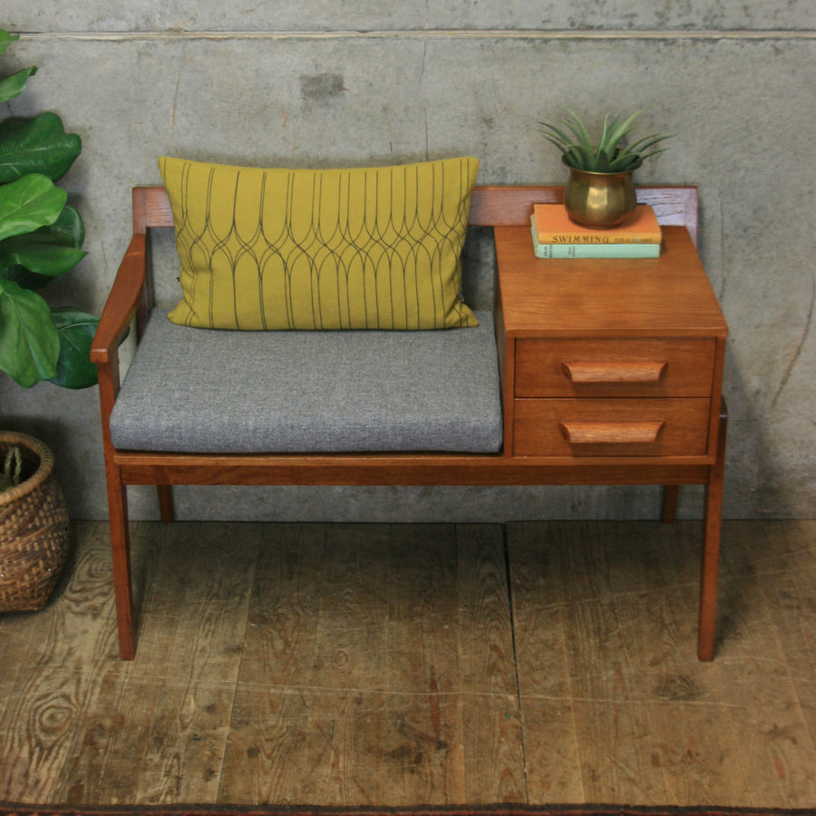vintage_chippy_heath_telephone_seat