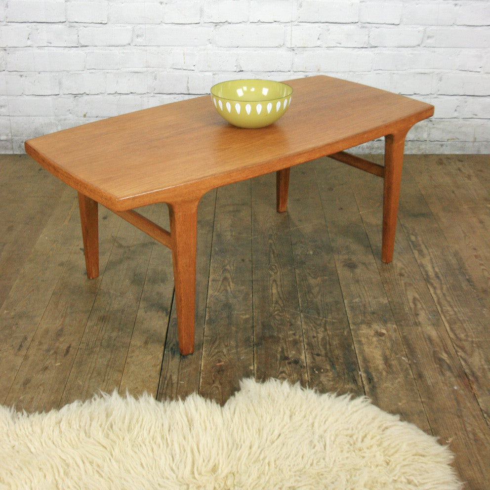 Mid Century Rose Wood Side Table Or Small Coffee Table For: Danish Mid Century Teak Coffee Table #1 (small)