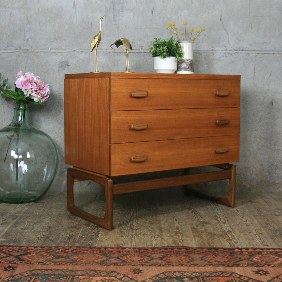 vintage_g_plan_mid_century_teak_quadrille_chest_of_drawers.2
