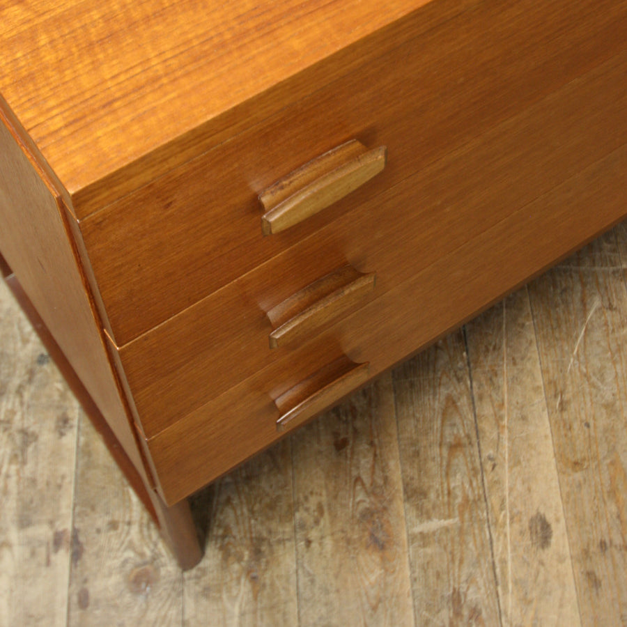 vintage_g_plan_teak_quadrille_chest_of_drawers