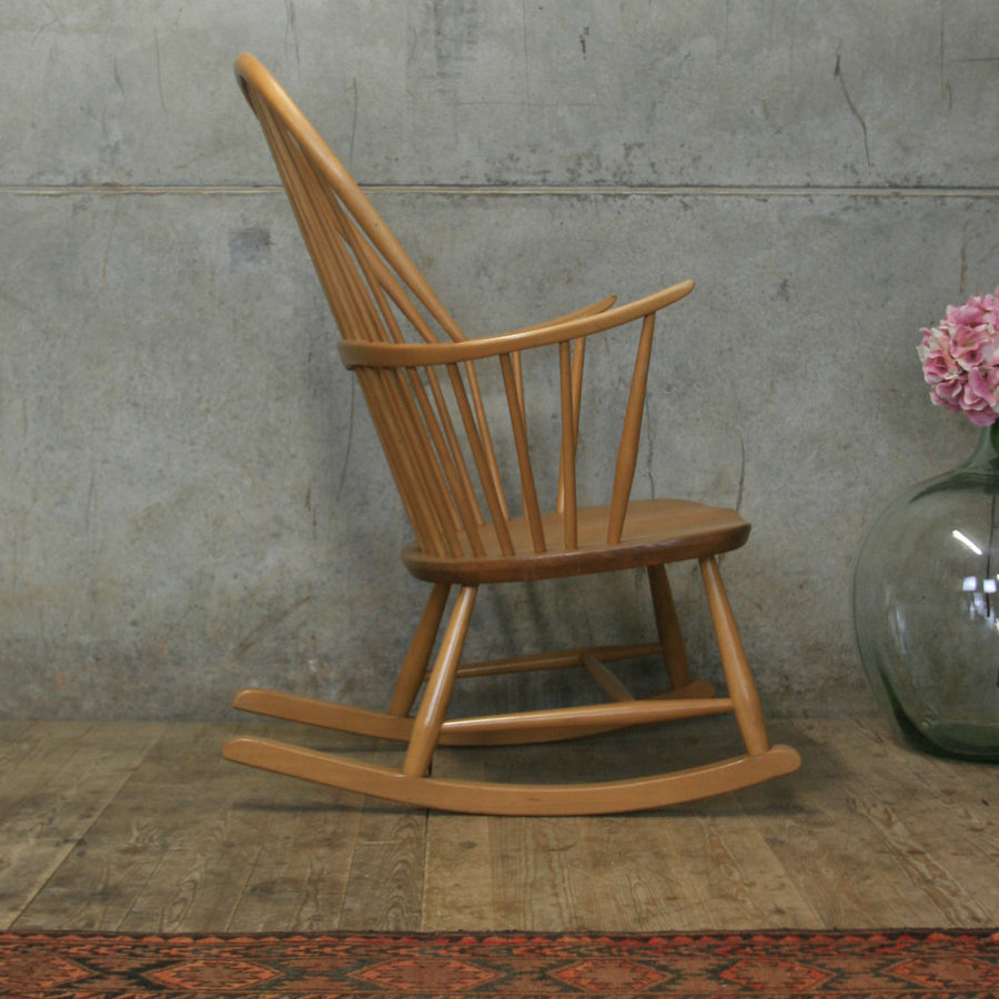 vintage_mid_century_ercol_chairmakers_rocking_chair