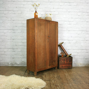 Vintage Oak Linen Housekeepers Cupboard