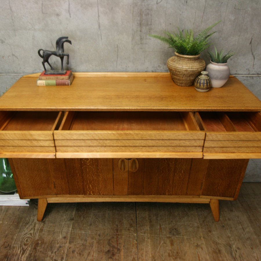 vintage_oak_mid_century_everest_sideboard