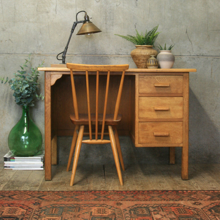 vintage_oak_rustic_school_desk