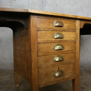 vintage_rustic_oak_antique_school_desk
