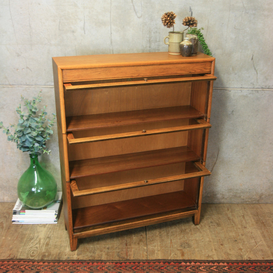 vintage_rustic_oak_barristers_solicitors_bookcase_display_cabinet
