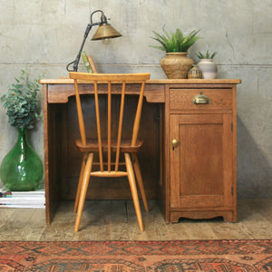 vintage_rustic_oak_small_desk
