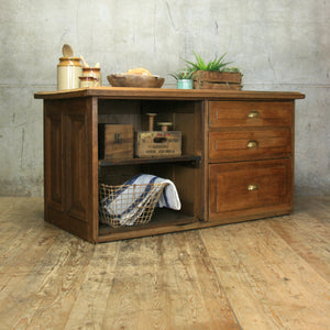 vintage_rustic_shop_counter_kitchen_island