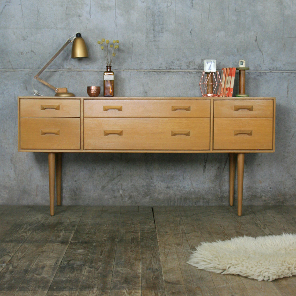 Vintage Mid Century Stag Concord Oak Chest of Drawers