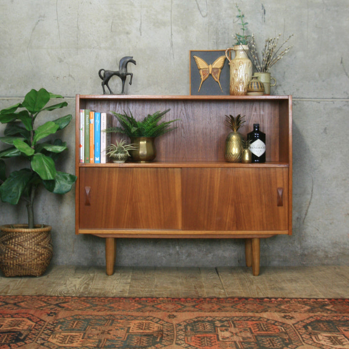 vintage_teak_danish-bookcase_display_cabinet