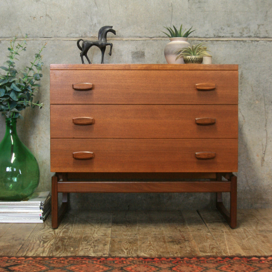 vintage_teak_g_plan_quadrille_chest_of_drawers