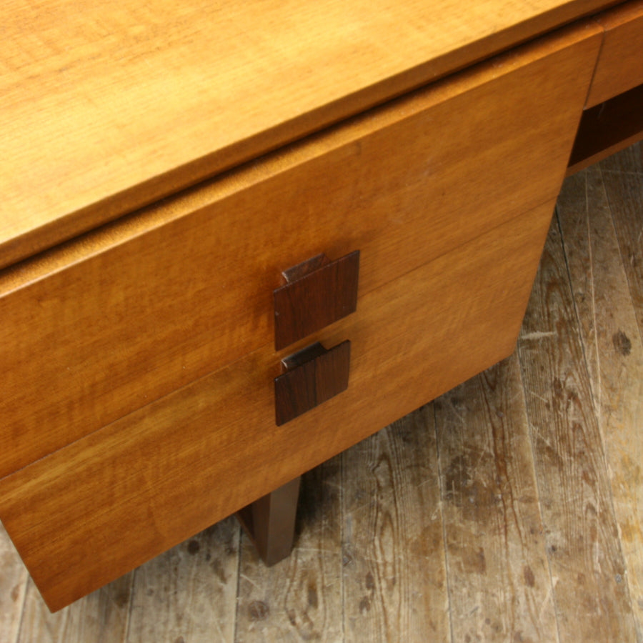 vintage_teak_mid_century_dressing_table