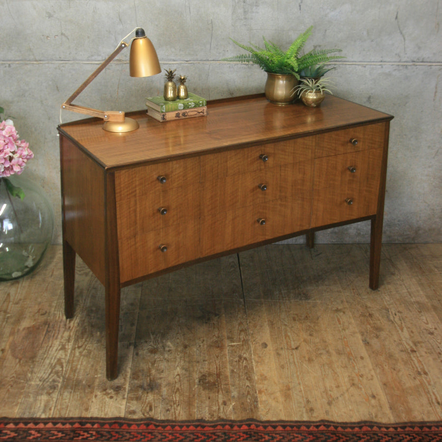 Mid Century Walnut Chest of Drawers / Sideboard #0114d