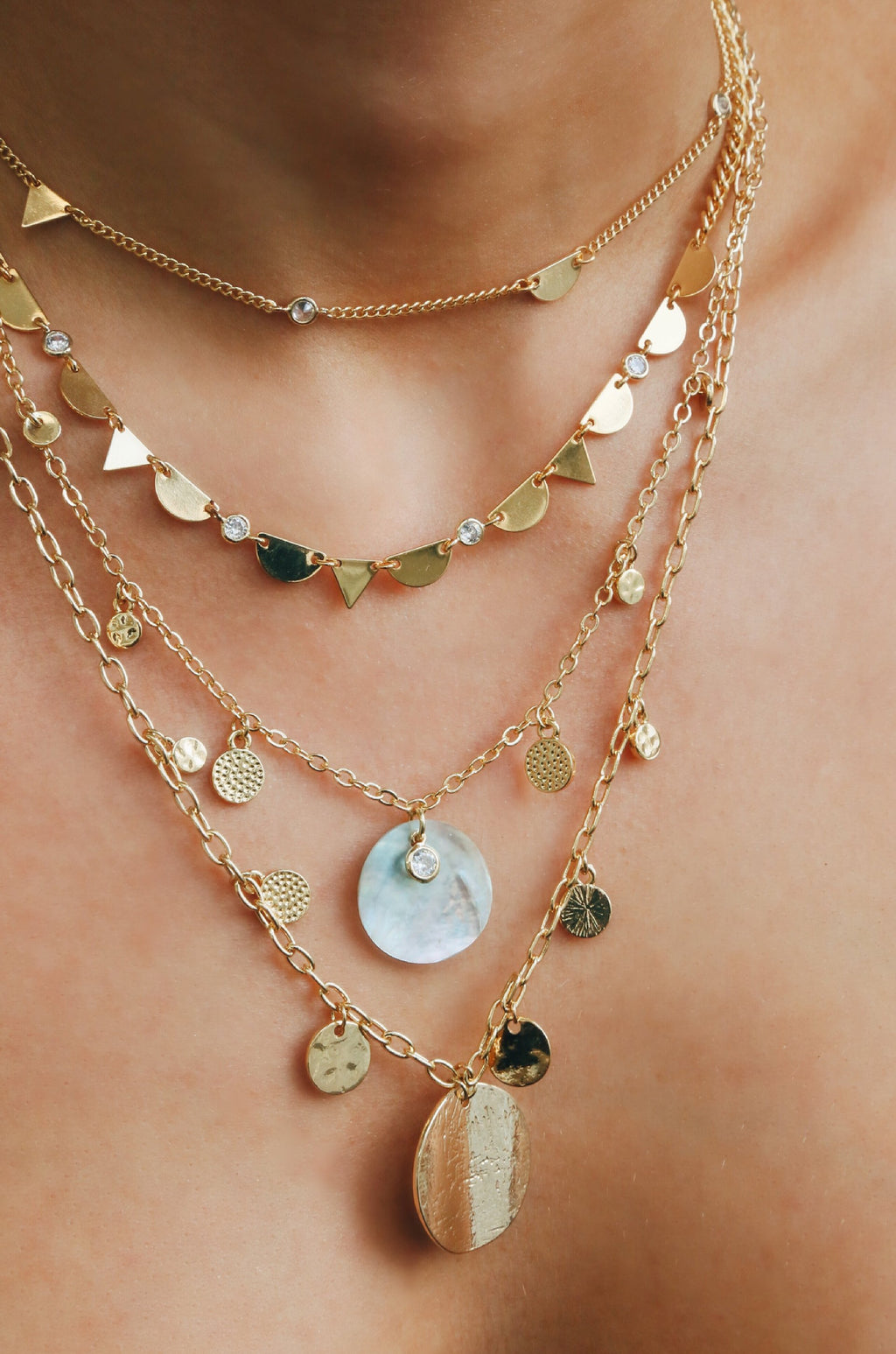 'Delicate Breeze' Simple Shell Disc and Chain