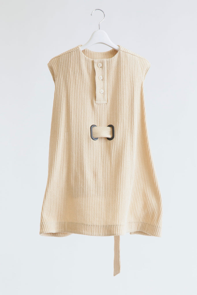 Sleeveless Mantle Top