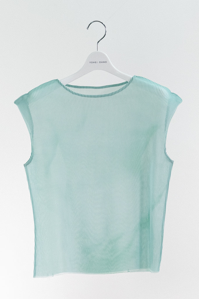 Cropped Body Pleats Top