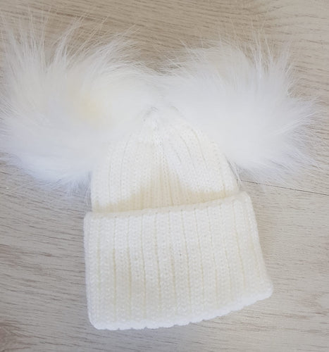 White double faux fur pompom hat