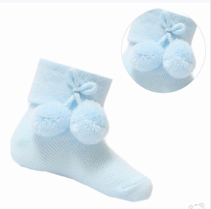 Blue ankle pompom socks