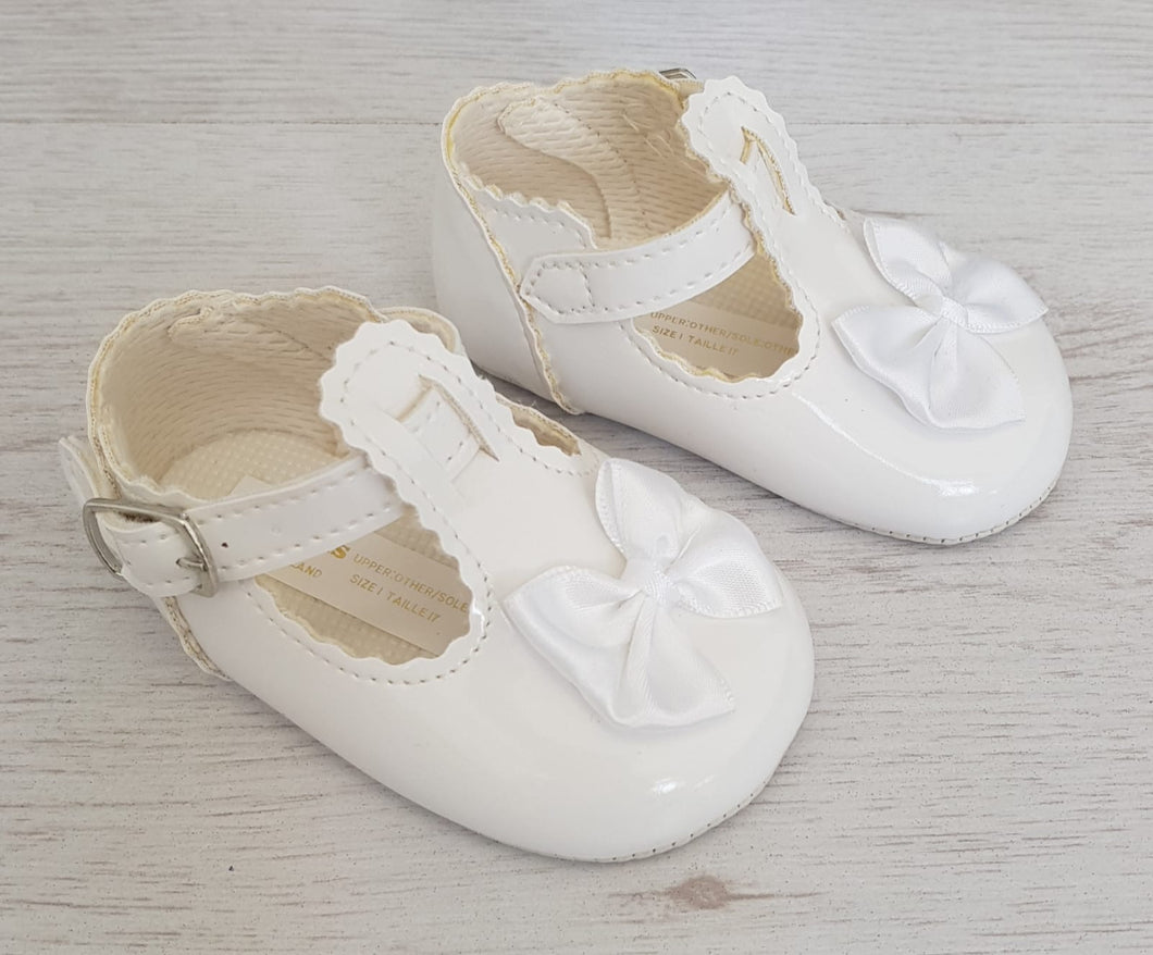 White T-bar soft sole shoes