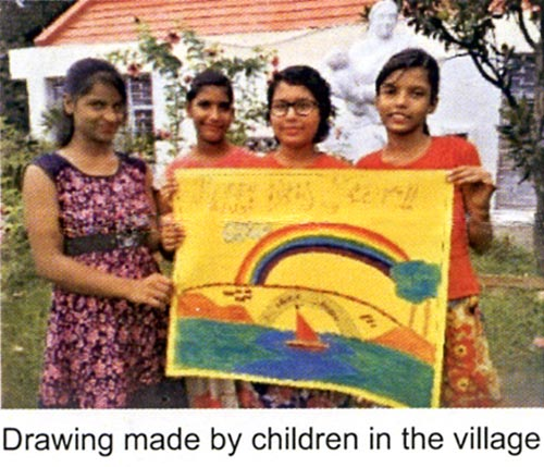 Children with their drawing