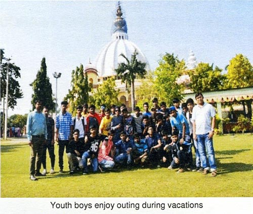 Youth boys enjoy outing during vacations