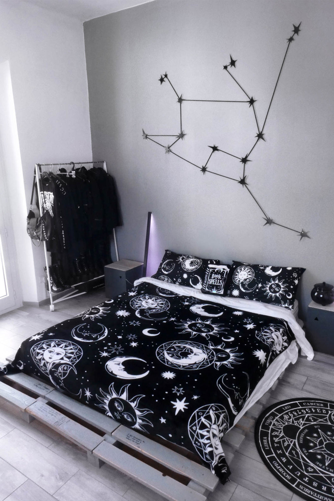 Astral Light Bedspread/Blanket