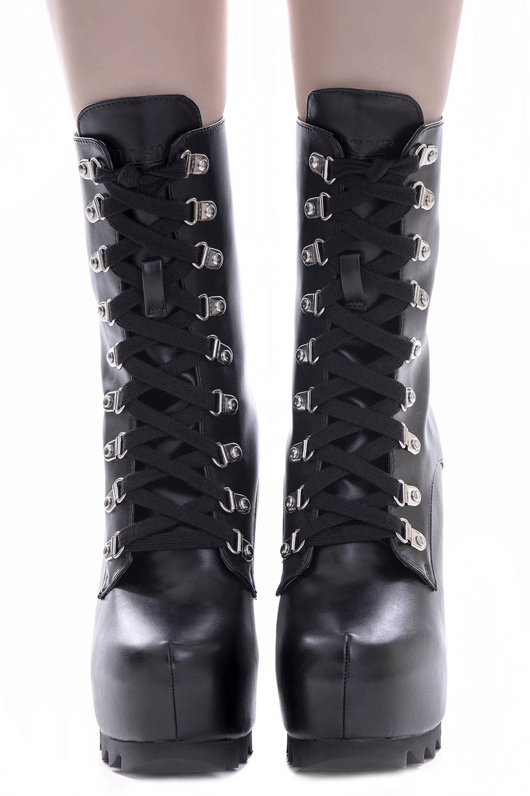 Banishment Boots