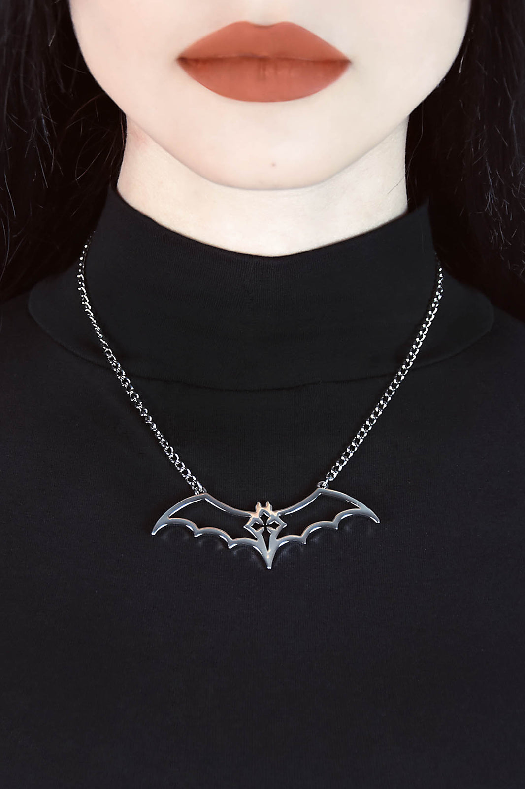 Nacht Necklace