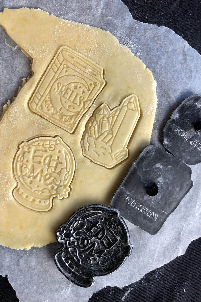 Witchy Cookie Cutters [B]