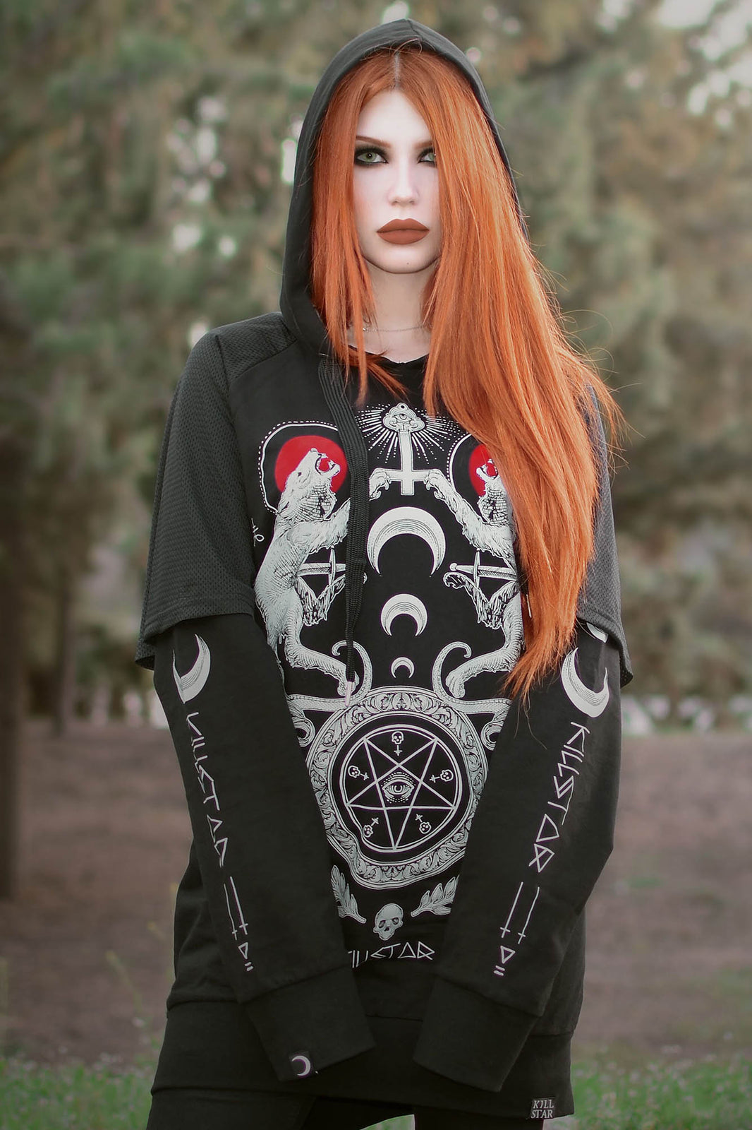 Varg Hooded Top