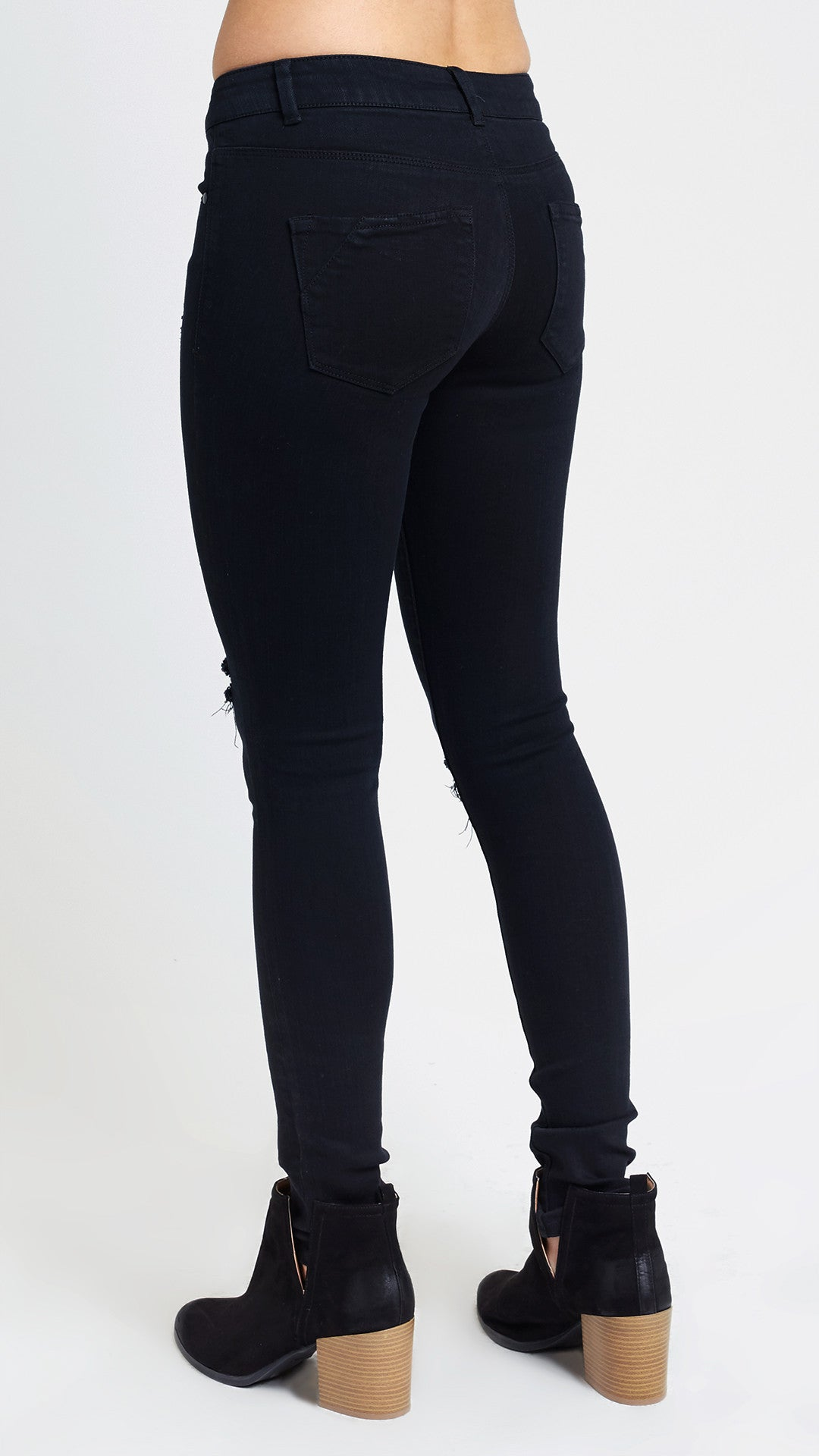 Buy men's jeans including low rise jeans, boot cut, mid rise jeans, button fly jeans and more from Old Navy.
