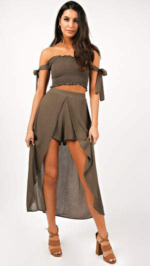 Bella Crepe Tube Top And Shorts Set - ANGL