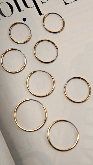 Simple Round Hoops Set