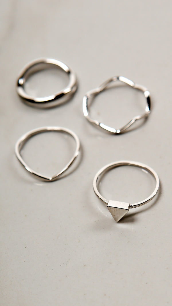 Triangle Stud Multi Ring Set