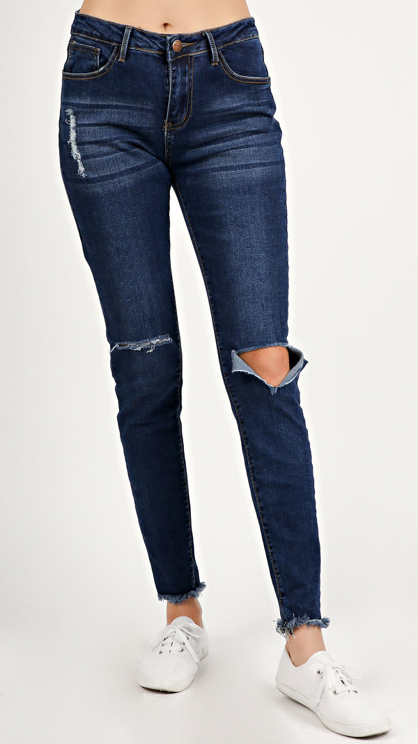 Frayed Ends Denim Jeans... - ANGL