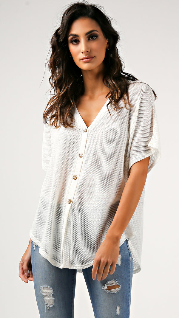 Thermal Knit Buttoned T- Shirt