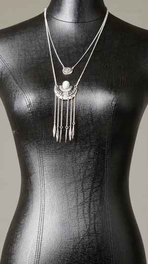 Leaf Fringe Stone Necklace
