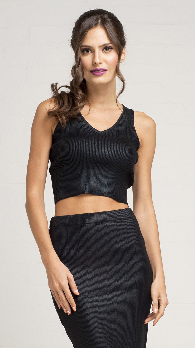 Coated Knit V-Neck Crop Tank Top - Msky