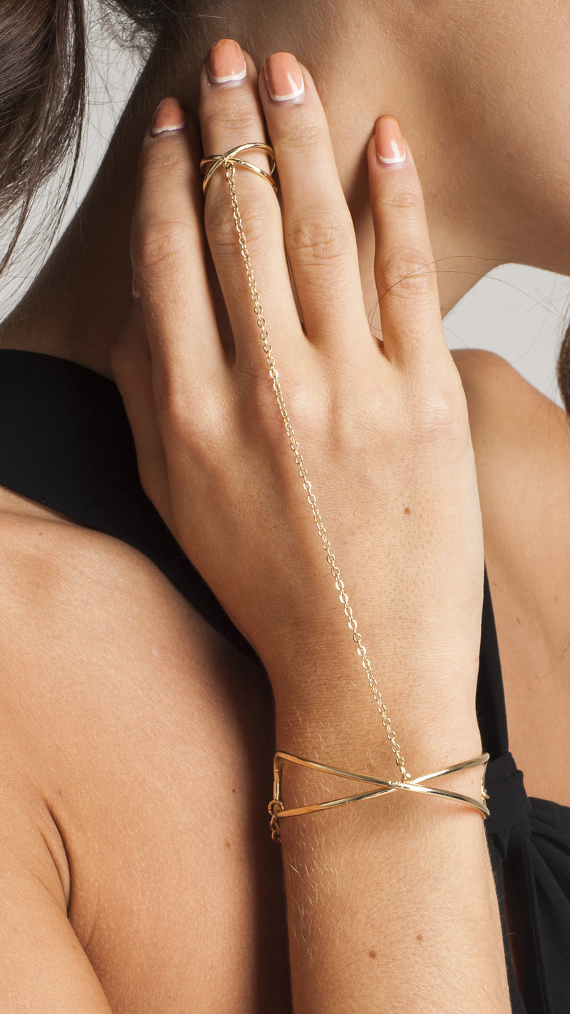Criss Cross Ring & Hand Bracelet - Msky