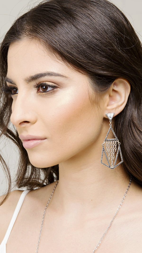 Chain & Stone Dangle Earring - Msky